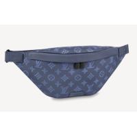 Поясная сумка Louis Vuitton Discovery PM синяя