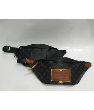 Сумка Louis Vuitton Discovery черная