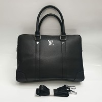 Портфель Louis Vuitton с логотипом черный